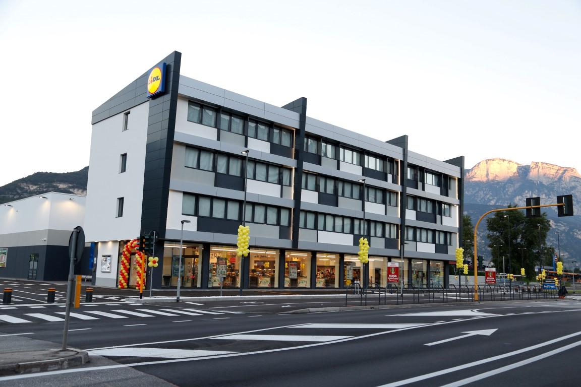 Lidl nuovo supermercato a trento progetto di for Arredo bagno trento via maccani