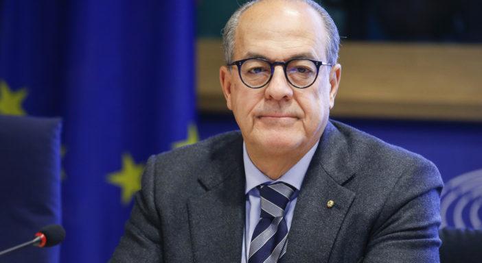 """PRATICHE SLEALI, DE CASTRO: """"IL GOVERNO RECEPISCA SUBITO LA DIRETTIVA UE"""""""